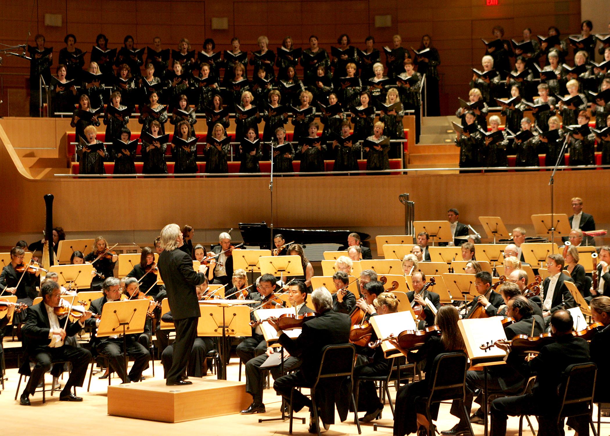 Puccini Triumphs: Pacific Symphony's La Boheme in Concert